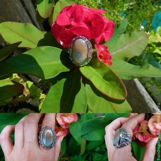 Кольца ручной работы. Ярмарка Мастеров - ручная работа. Купить Перстень с яшмой и бутоном сбоку из серебра 925 пробы. Handmade.