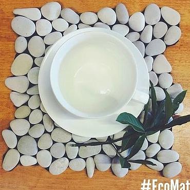 """Для дома и интерьера ручной работы. Ярмарка Мастеров - ручная работа Салфетка из гальки """" White Sea """". Handmade."""