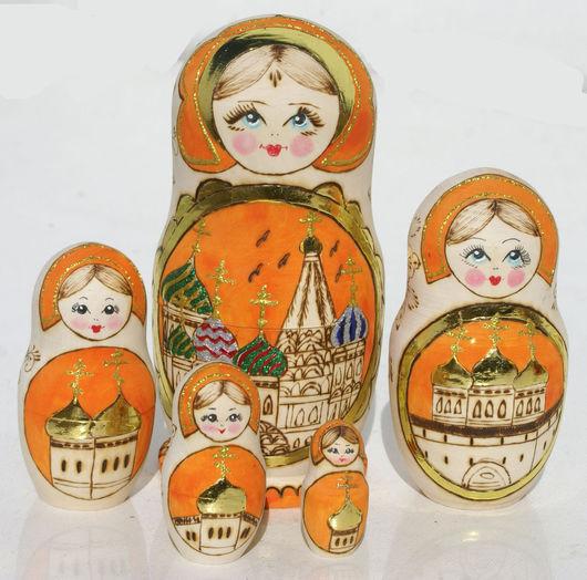 Матрешки ручной работы. Ярмарка Мастеров - ручная работа. Купить Оранжевая матрешка с церквями, обжиг по дереву, 17см. Handmade. Оранжевый