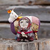 Куклы и игрушки ручной работы. Ярмарка Мастеров - ручная работа Бабушка с коровой. Handmade.