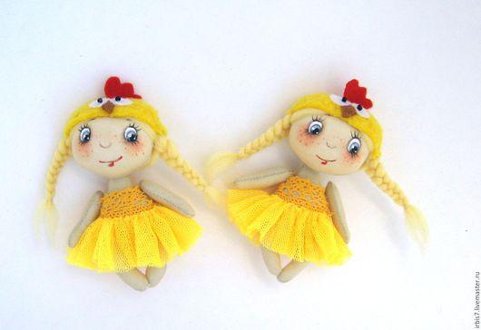 Коллекционные куклы ручной работы. Ярмарка Мастеров - ручная работа. Купить Брошки цыплятки. Handmade. Желтый, цыпа, цыпленок, год петуха