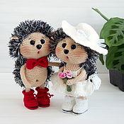 Куклы и игрушки handmade. Livemaster - original item Knitted toys wedding Gift Wedding decor hedgehogs Newlyweds. Handmade.