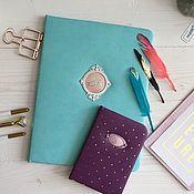 Обложки ручной работы. Ярмарка Мастеров - ручная работа Папка для детских документов. Handmade.