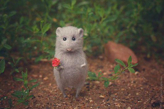 """Игрушки животные, ручной работы. Ярмарка Мастеров - ручная работа. Купить """"Мышка Ариша"""". Handmade. Серый, крыса, игрушка из шерсти"""