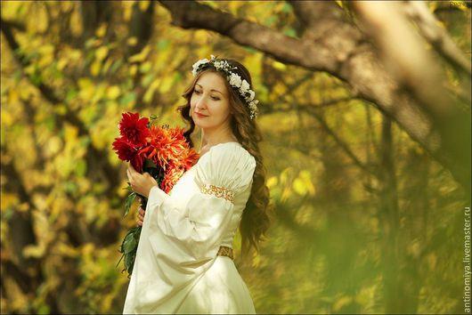 """Диадемы, обручи ручной работы. Ярмарка Мастеров - ручная работа. Купить Шелковый венок """"Каталина"""". Цветы из шелка, венок из шелковых цветов. Handmade."""