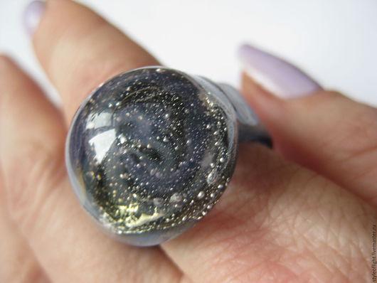 """Кольца ручной работы. Ярмарка Мастеров - ручная работа. Купить Кольцо из муранского стекла """"Дымчатая вселенная"""". Handmade. Бледно-сиреневый"""