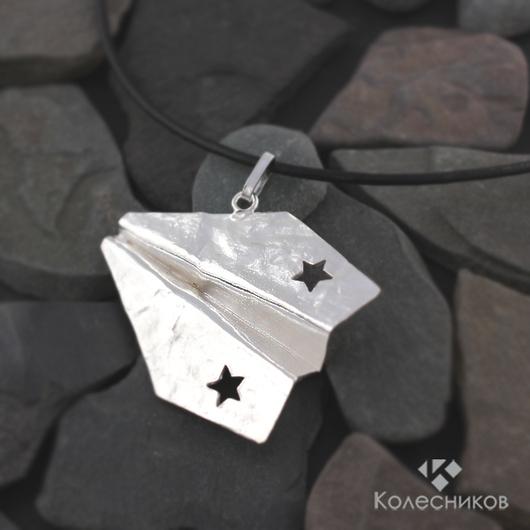 """Кулоны, подвески ручной работы. Ярмарка Мастеров - ручная работа. Купить Подвес """"Самолетик оригами"""". Handmade. Белый, необычный подарок"""