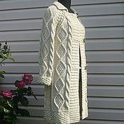 Пальто ручной работы. Ярмарка Мастеров - ручная работа Пальто  вязаное спицами светлое осеннее. Handmade.