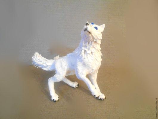 Сказочные персонажи ручной работы. Ярмарка Мастеров - ручная работа. Купить Волк Белый (Фигурка белого волка аниме. Handmade.