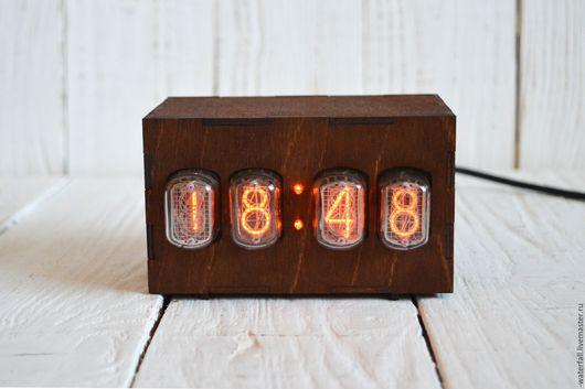 Часы для дома ручной работы. Ярмарка Мастеров - ручная работа. Купить Ламповые часы на 4-х газоразрядных индикаторах. Handmade.