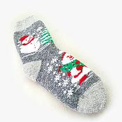 Аксессуары ручной работы. Ярмарка Мастеров - ручная работа Новогодние шерстяные носки со снеговиками. Handmade.