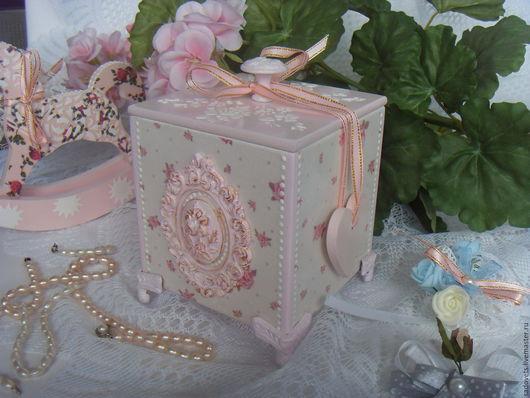 Шкатулки ручной работы. Ярмарка Мастеров - ручная работа. Купить Шкатулка -  короб декупаж деревянная белый розовый цвет Нежная. Handmade.