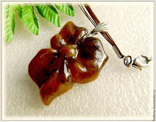 """Кулоны, подвески ручной работы. Ярмарка Мастеров - ручная работа. Купить Кулон """"Шоколадный цветок""""  янтарь серебро. Handmade."""