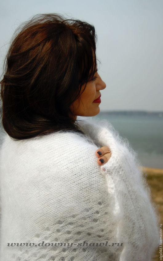 """Шали, палантины ручной работы. Ярмарка Мастеров - ручная работа. Купить пуховый платок """"Зима"""". Handmade. Белый, пуховый платок"""