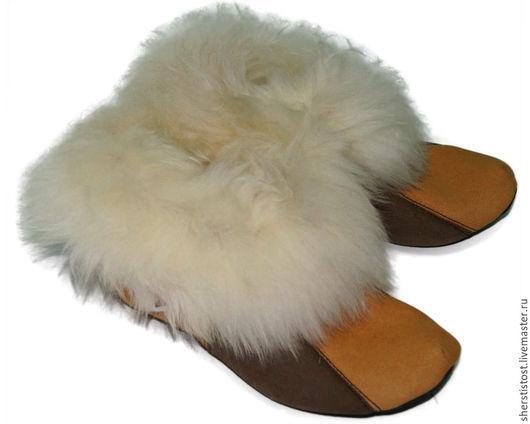 Обувь ручной работы. Ярмарка Мастеров - ручная работа. Купить Чуни из натурального овечьего меха - женские. Handmade. Чуни