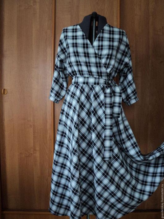 Платья ручной работы. Ярмарка Мастеров - ручная работа. Купить Платье с запахом. Handmade. В клеточку, зима, офисное платье