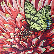 Батик панно «Бабочка на красном цветке» на шелке