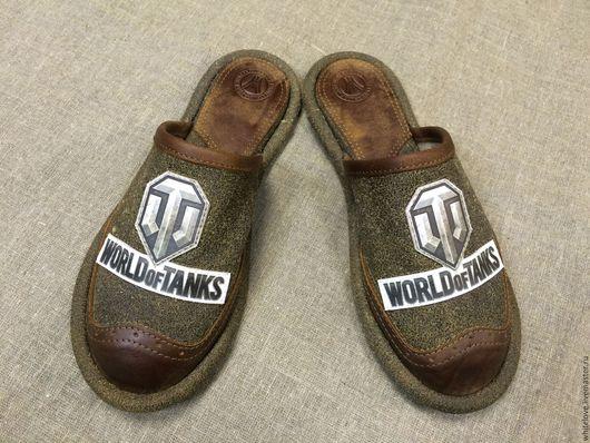 """Обувь ручной работы. Ярмарка Мастеров - ручная работа. Купить Кожаные тапочки""""WORLD of TANKS""""-2. Handmade. Болотный"""