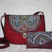 Сумочка текстильно-кожаная с павловопосадским платком