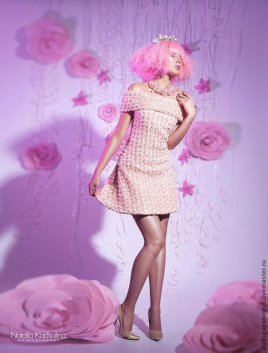 Платья ручной работы. Ярмарка Мастеров - ручная работа. Купить Платье в розах. Скидка 30%. Handmade. Бледно-розовый