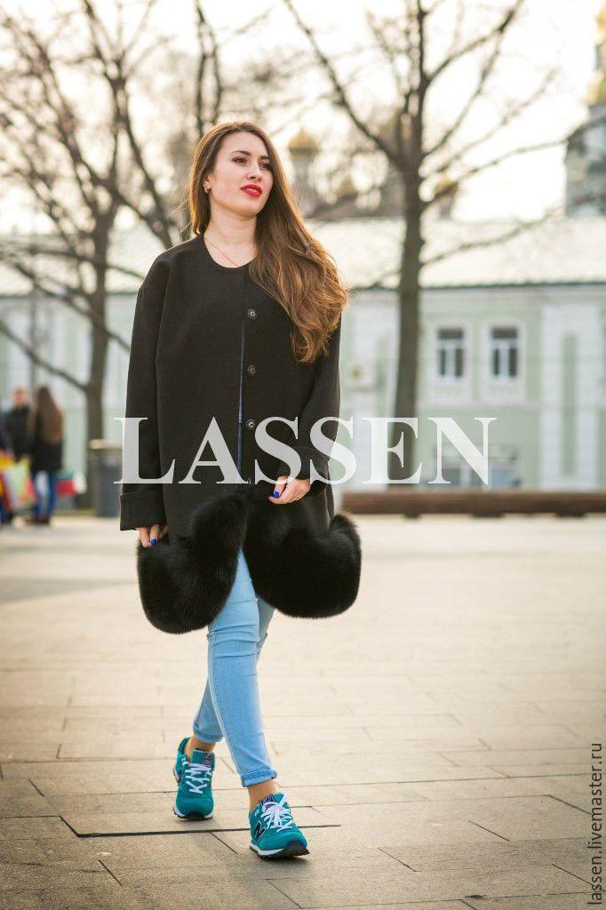 Меховая юбка у пальто