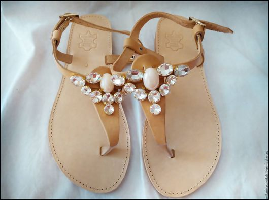 Обувь ручной работы. Ярмарка Мастеров - ручная работа. Купить Декорированные кожаные сандалии. Handmade. Белый, женская обувь