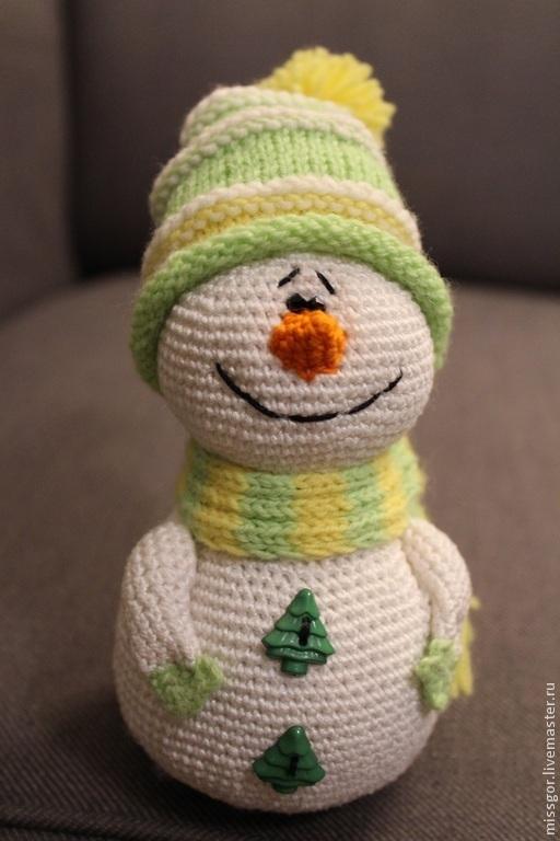 Сказочные персонажи ручной работы. Ярмарка Мастеров - ручная работа. Купить Вязаная игрушка Снеговик. Handmade. Салатовый, снеговик