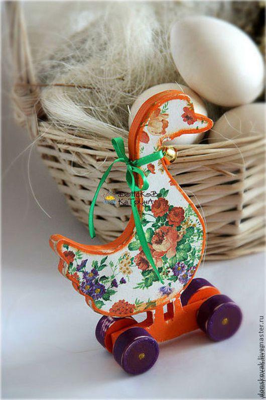 Подарки на Пасху ручной работы. Ярмарка Мастеров - ручная работа. Купить Нарядный гусь (интерьерная деревянная игрушка). Handmade. Оранжевый