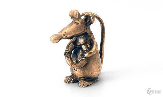Статуэтки ручной работы. Ярмарка Мастеров - ручная работа. Купить Крыса с бубликом. Handmade. Крыса, крыс, Крыски, статуэтки из металла