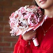 Свадебный салон ручной работы. Ярмарка Мастеров - ручная работа Свадебный брошь-букет из ткани. Handmade.