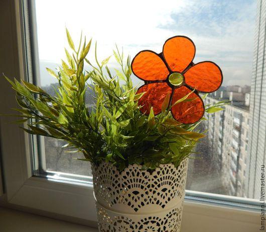"""Украшения для цветов ручной работы. Ярмарка Мастеров - ручная работа. Купить """"Цветок витражный""""  Декор для растений. Handmade. Цветок"""