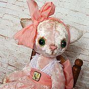 Куклы и игрушки ручной работы. Ярмарка Мастеров - ручная работа Кошка тедди АЛИСА. Handmade.