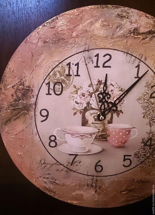 """Часы для дома ручной работы. Ярмарка Мастеров - ручная работа. Купить Часы настенные """"Чаепитие"""", декупаж. Handmade. часы настенные"""
