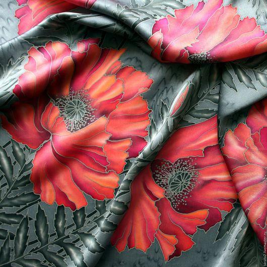 Платок батик `Рубиновые маки` (фрагмент росписи)