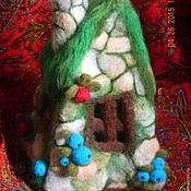 """Кукольные домики ручной работы. Ярмарка Мастеров - ручная работа Войлочная игрушка """"Сказочный домик """". Handmade."""