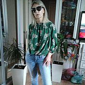 Одежда ручной работы. Ярмарка Мастеров - ручная работа 46-48 р.распродажа блузка из  вискозы цветы. Handmade.