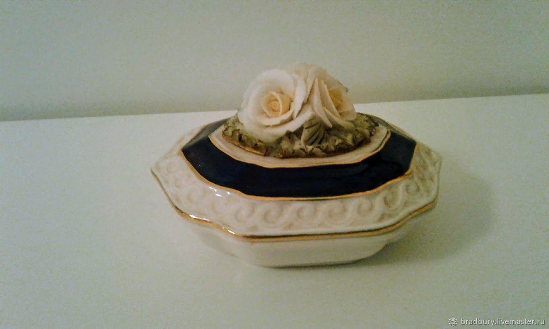 Vintage bone China jewelry box. England, Vintage interior, Cambridge,  Фото №1