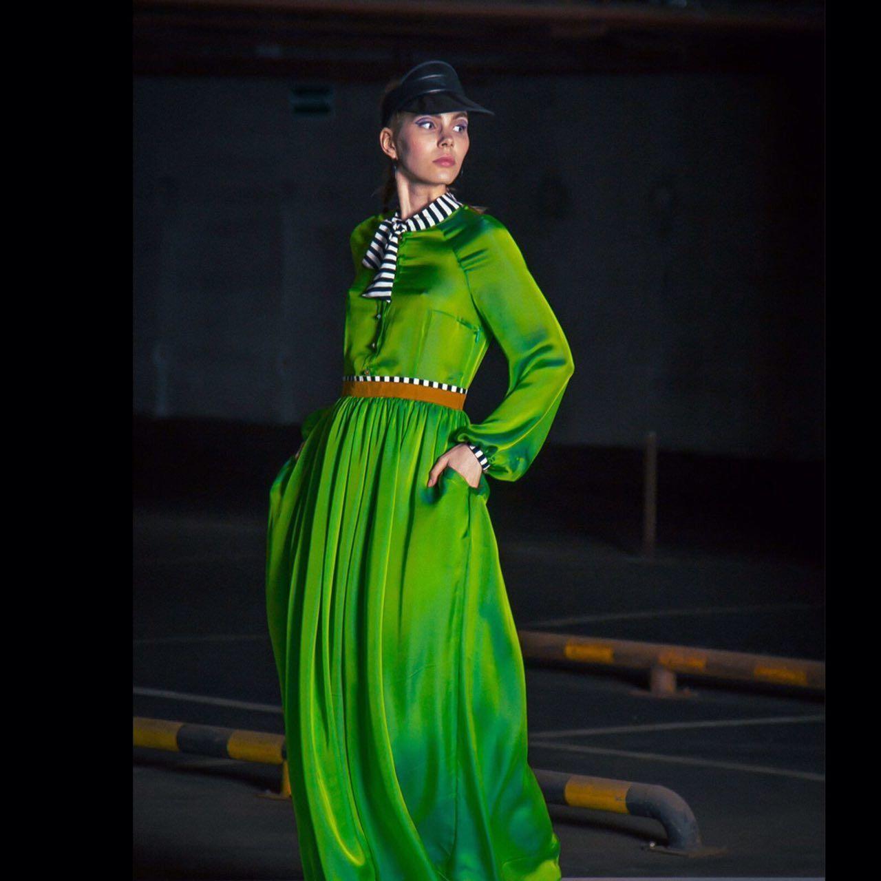 Зеленое шелковое платье «хамелеон», Платья, Москва,  Фото №1