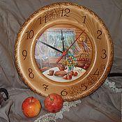Для дома и интерьера ручной работы. Ярмарка Мастеров - ручная работа Часы из кедра с авторской росписью  На даче. Handmade.