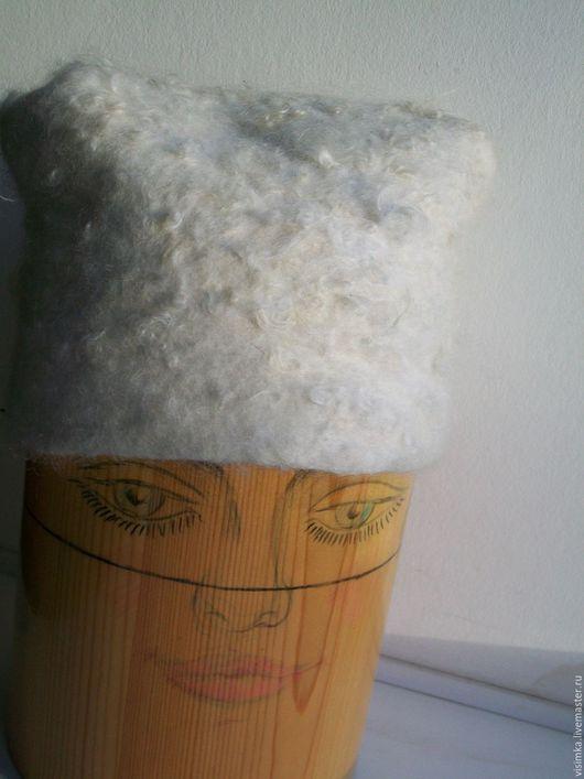 Шапки ручной работы. Ярмарка Мастеров - ручная работа. Купить ШАПОЧКА КУДРЯШКА. Handmade. Белый, шапка, зимний аксессуар