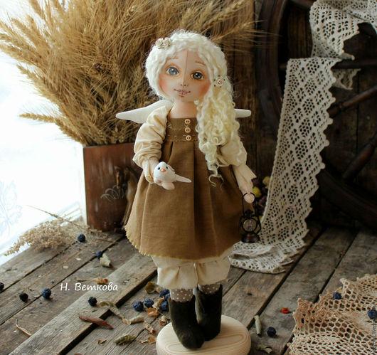 Коллекционные куклы ручной работы. Ярмарка Мастеров - ручная работа. Купить Ангел Добра интерьерная текстильная коллекционная кукла в подарок. Handmade.