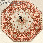 """Для дома и интерьера ручной работы. Ярмарка Мастеров - ручная работа Часы настенные """"Арабеска"""" в восточном стиле в красных тонах. Handmade."""