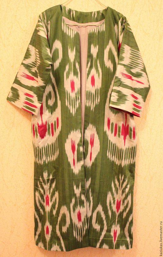 Верхняя одежда ручной работы. Ярмарка Мастеров - ручная работа. Купить Узбекский зеленый чапан из хлопкового иката. Handmade. Зеленый