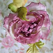 Украшения ручной работы. Ярмарка Мастеров - ручная работа Цветы из шелка Роза на шпильке. Handmade.