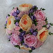 Цветы и флористика ручной работы. Ярмарка Мастеров - ручная работа Свадебный букет с розами, фрезией, озотамнусом и эвкалиптом. Handmade.