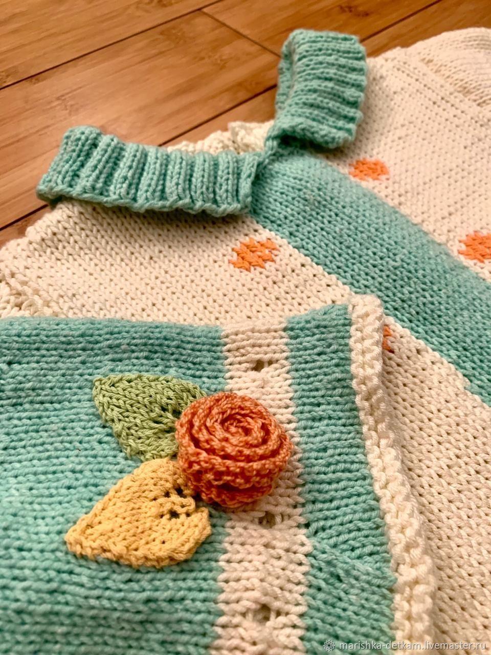 Вязаное платье для девочки и панамка