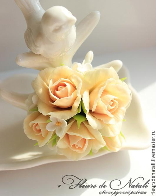 """Свадебные украшения ручной работы. Ярмарка Мастеров - ручная работа. Купить Зажим с розами и сиренью """"Ангел"""". Заколка с цветами. Handmade."""