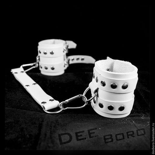"""Браслеты ручной работы. Ярмарка Мастеров - ручная работа. Купить Наручники """"Неж"""". Handmade. Белый, бдсм"""