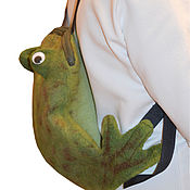 Работы для детей, handmade. Livemaster - original item Backpack children`s felted Frog-traveler. Handmade.