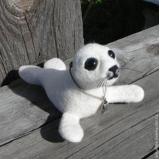 """Игрушки животные, ручной работы. Ярмарка Мастеров - ручная работа. Купить Морской котик """"Снежка"""". Handmade. Белый, подарок"""